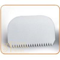 Пластмассовый твердый скребок - С острыми зубчиками, 145*95мм. (RTD 1)